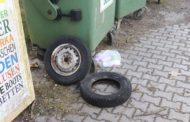 Erneut Müllchaos am Containerplatz Reithofen